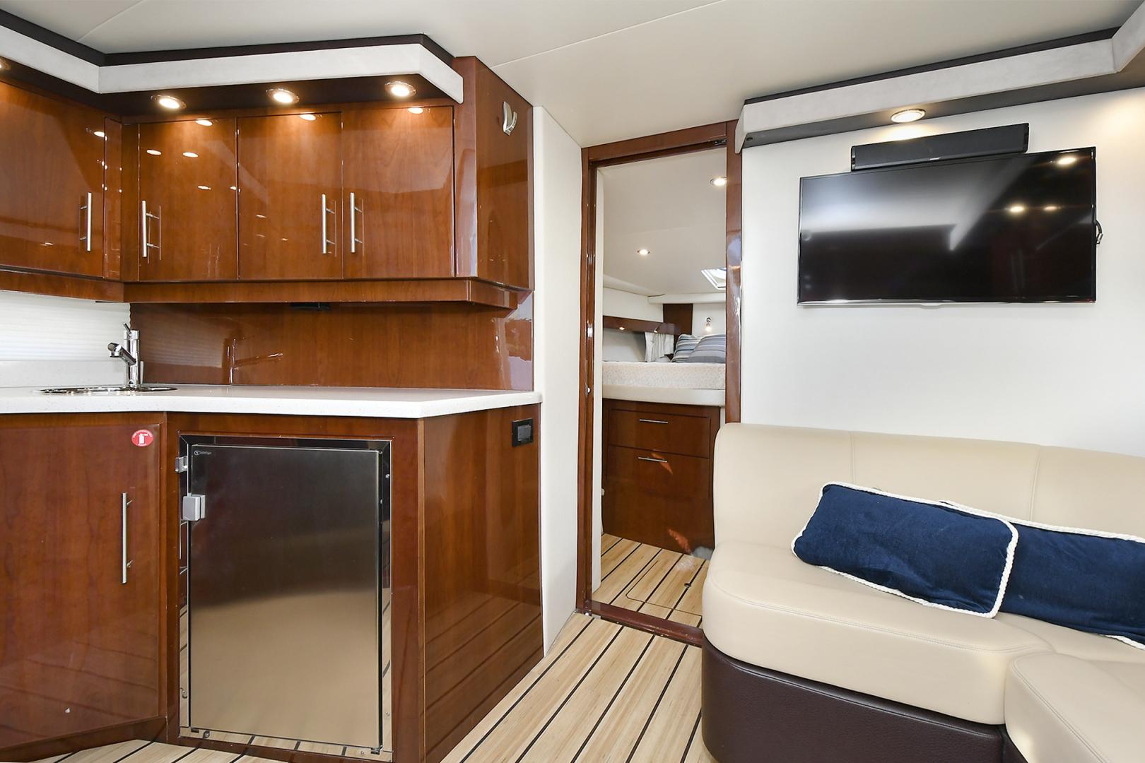 Regal-42 Coupe 2016 -Staten Island-New York-United States-1561744 | Thumbnail