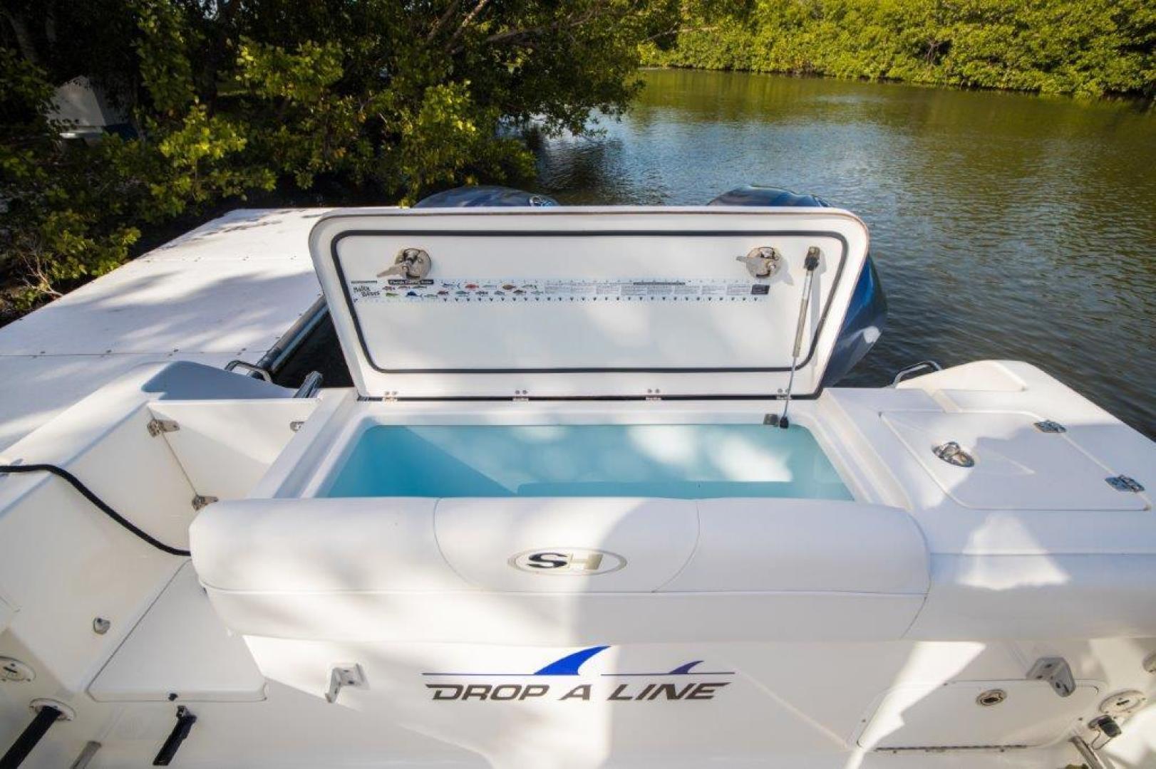 Sea Hunt-Gamefisherman 2013-No Name 29 Sea Hunt Key Largo-Florida-United States-Livewell-1562274 | Thumbnail