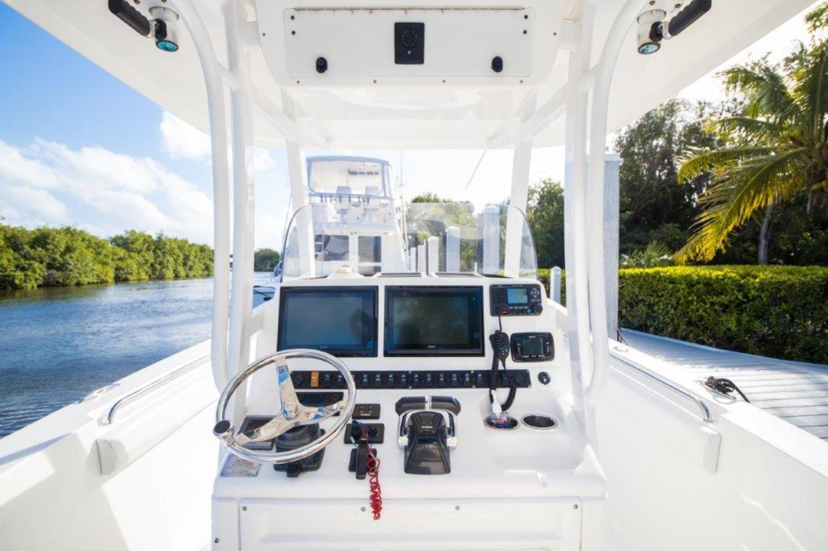 Sea Hunt-Gamefisherman 2013-No Name 29 Sea Hunt Key Largo-Florida-United States-Helm Electronics-1562268 | Thumbnail