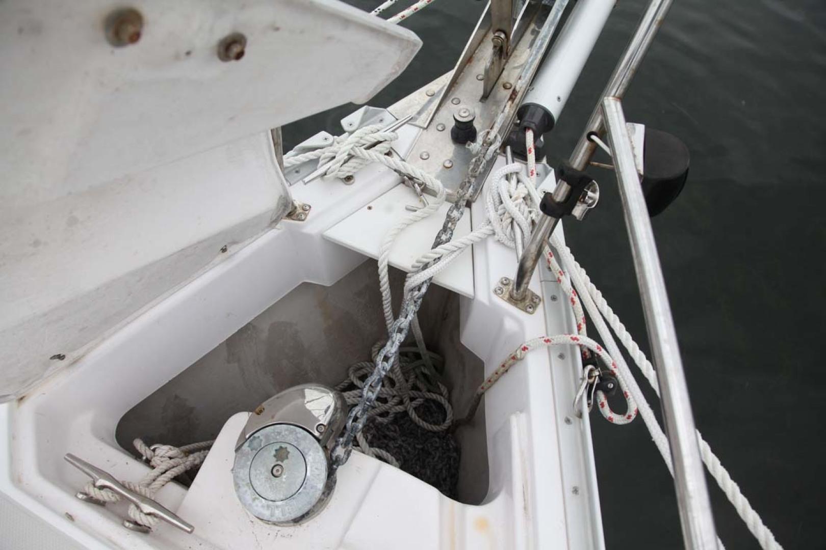 Catalina-355 2014 -Key Largo-Florida-United States-Windlass-1574500 | Thumbnail