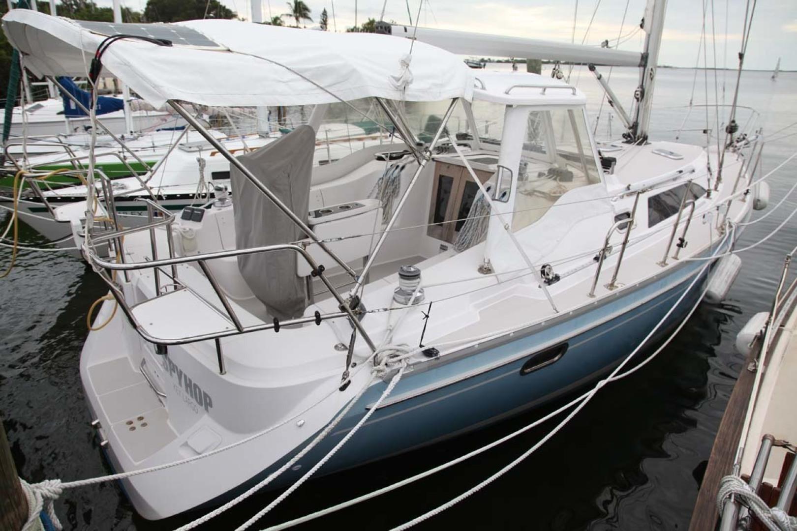 Catalina-355 2014 -Key Largo-Florida-United States-Starboard Aft Quarter-1574493 | Thumbnail