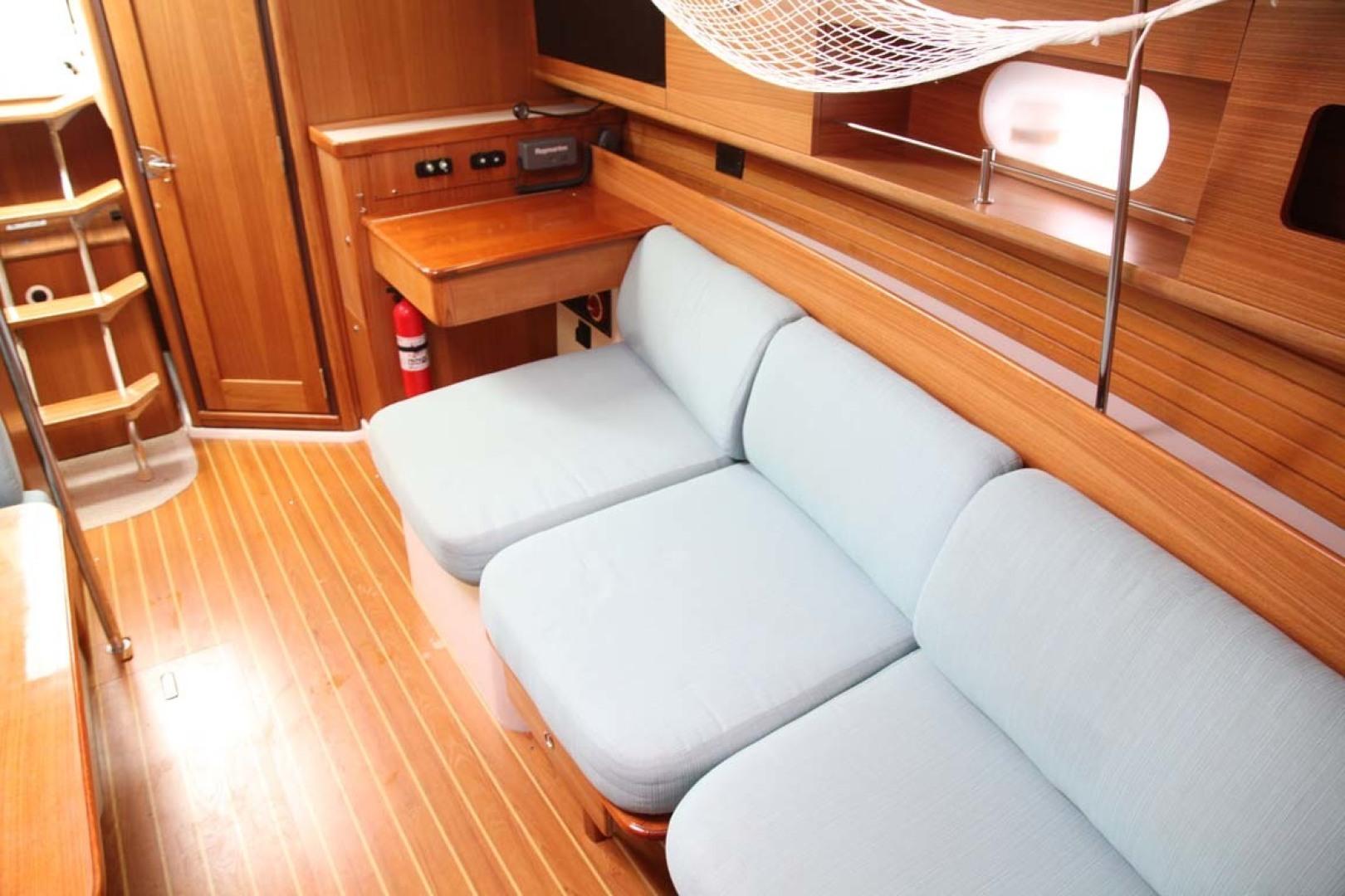 Catalina-355 2014 -Key Largo-Florida-United States-Salon Seating-1574534 | Thumbnail