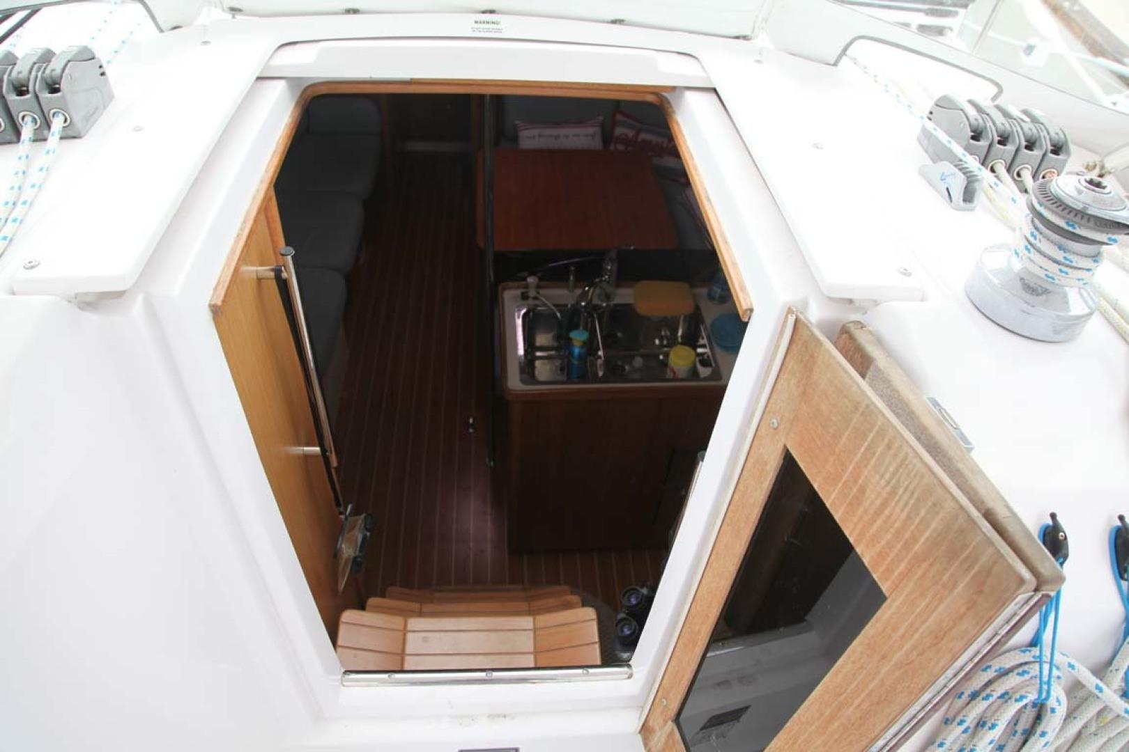 Catalina-355 2014 -Key Largo-Florida-United States-Cabin Door-1574523 | Thumbnail