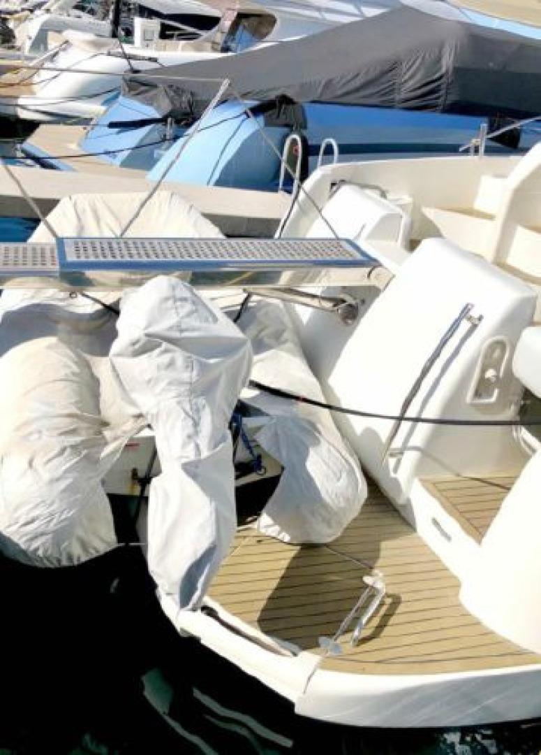 Azimut-Flybridge Motor Yacht 2000 -Boca Raton-Florida-United States-1564084 | Thumbnail