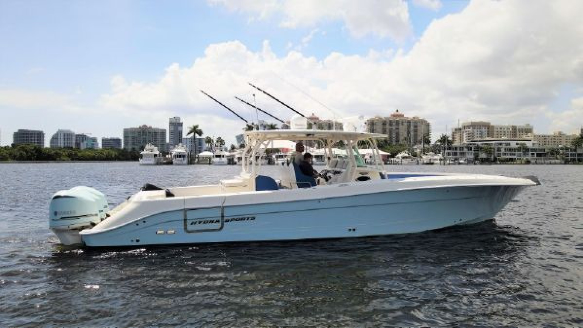 Hydra-Sports-42 Center Console 4200 SF 2011 -Fort Lauderdale-Florida-United States-1564125 | Thumbnail