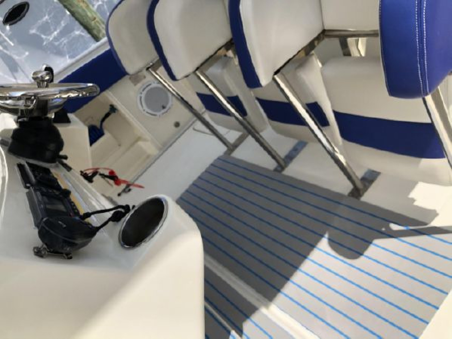 Hydra-Sports-42 Center Console 4200 SF 2011 -Fort Lauderdale-Florida-United States-1564144 | Thumbnail