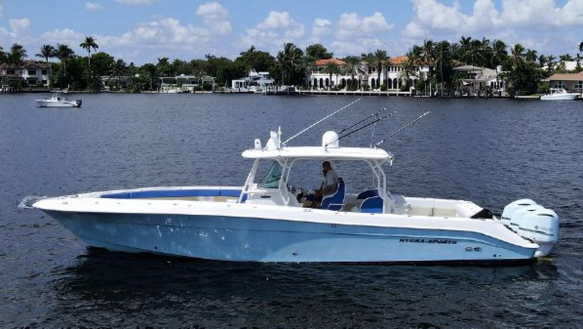 Hydra-Sports-42 Center Console 4200 SF 2011 -Fort Lauderdale-Florida-United States-1564152 | Thumbnail