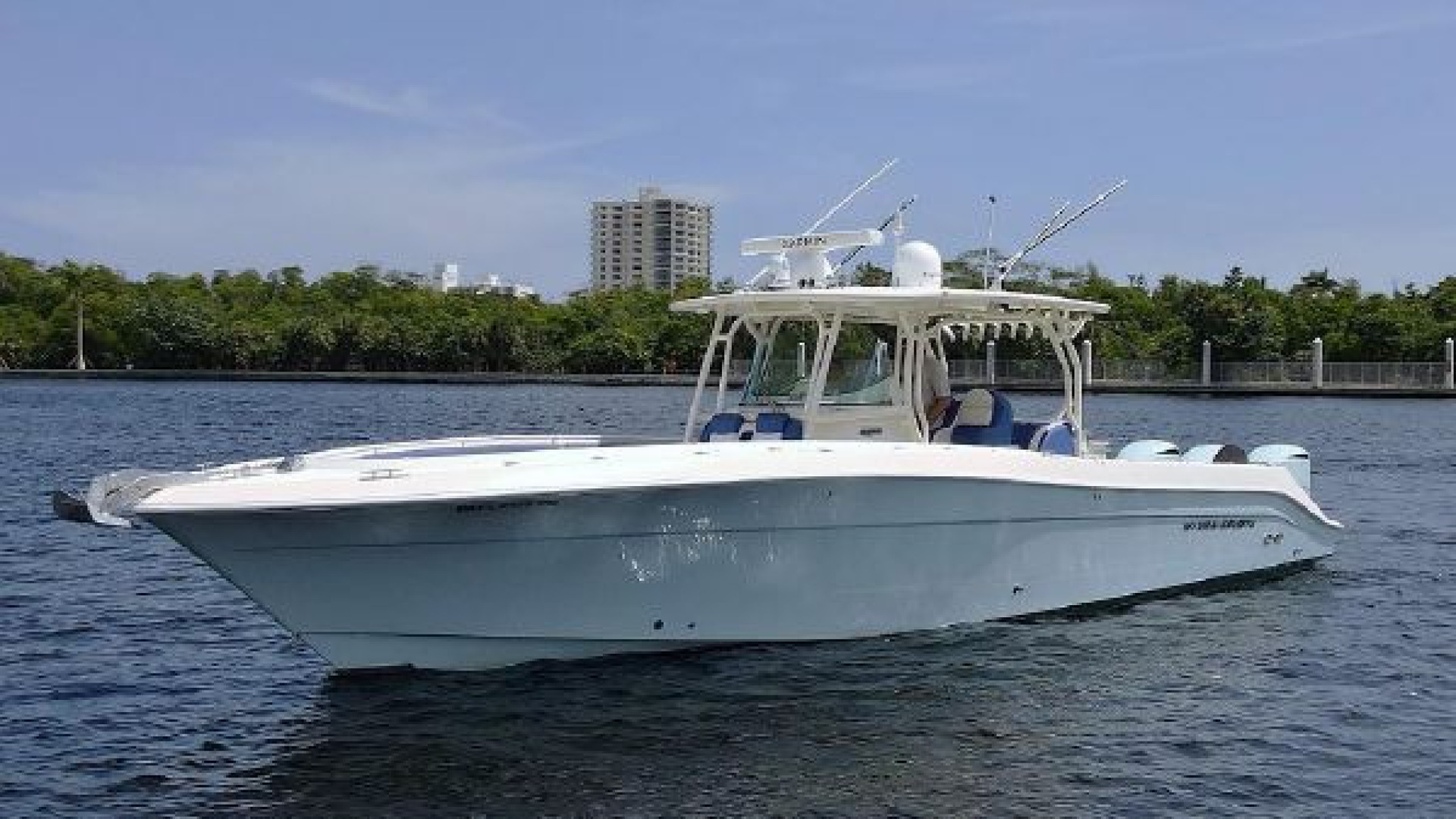 Hydra-Sports-42 Center Console 4200 SF 2011 -Fort Lauderdale-Florida-United States-1564112 | Thumbnail