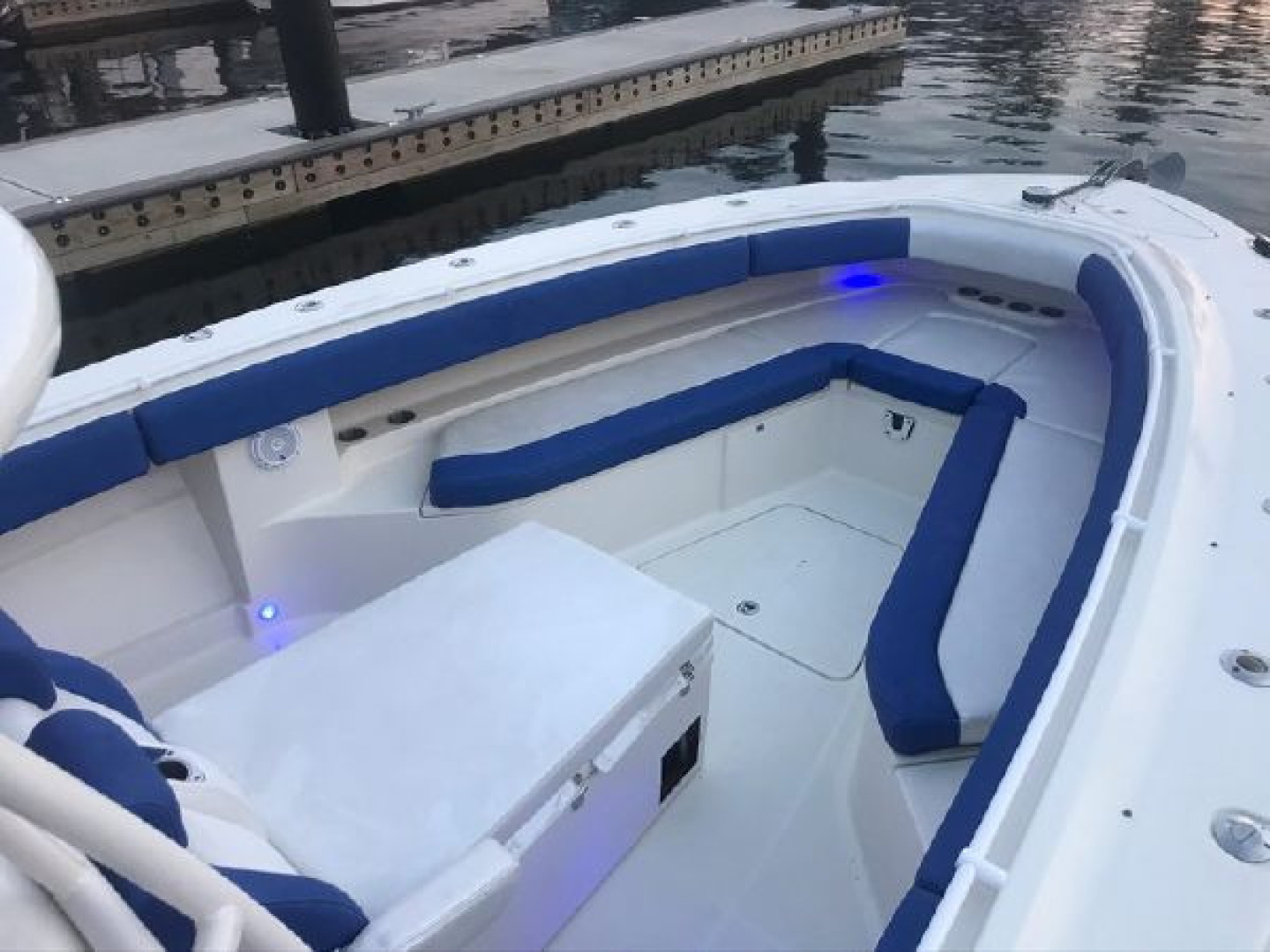 Hydra-Sports-42 Center Console 4200 SF 2011 -Fort Lauderdale-Florida-United States-1564142 | Thumbnail