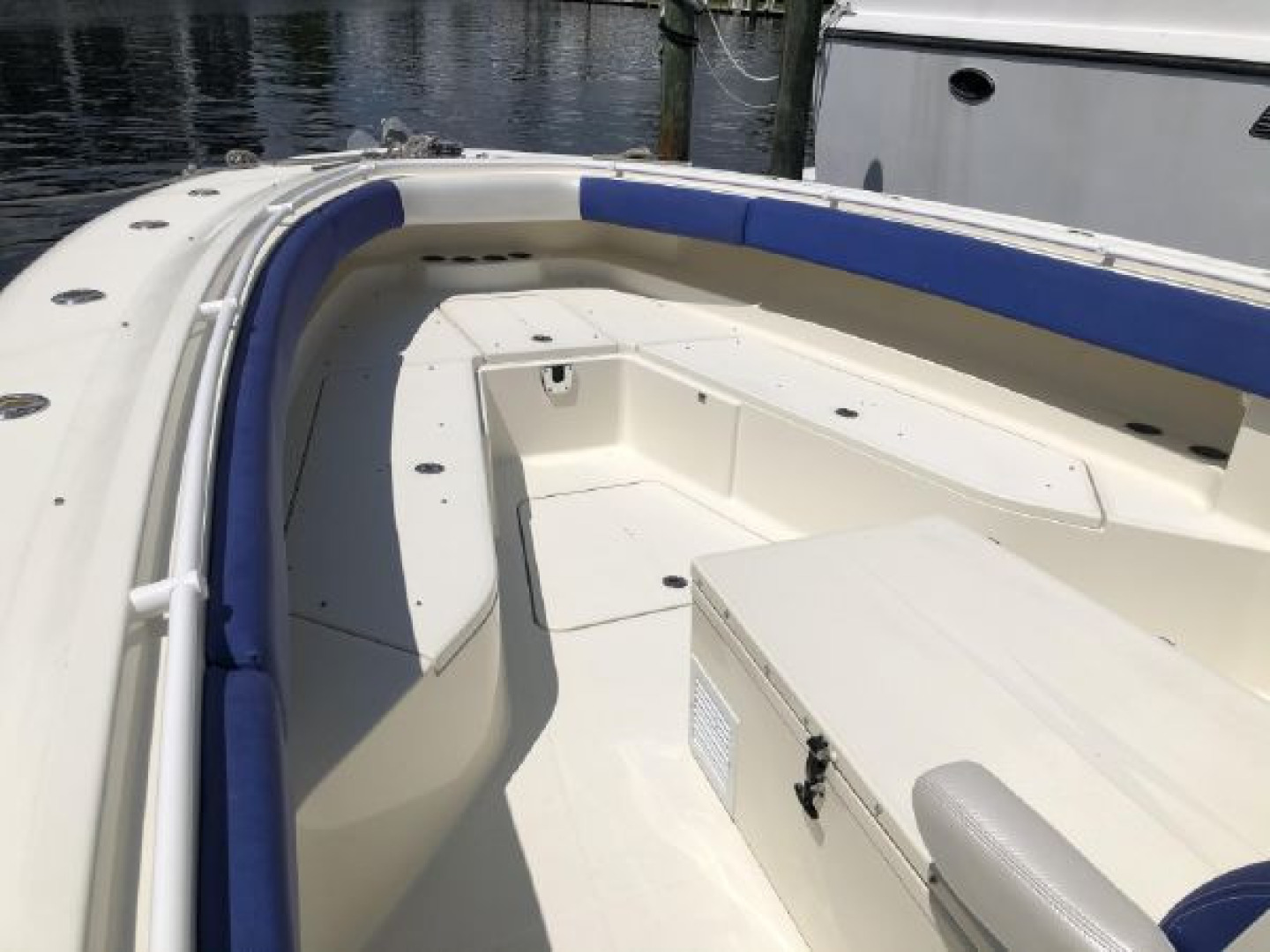 Hydra-Sports-42 Center Console 4200 SF 2011 -Fort Lauderdale-Florida-United States-1564136 | Thumbnail