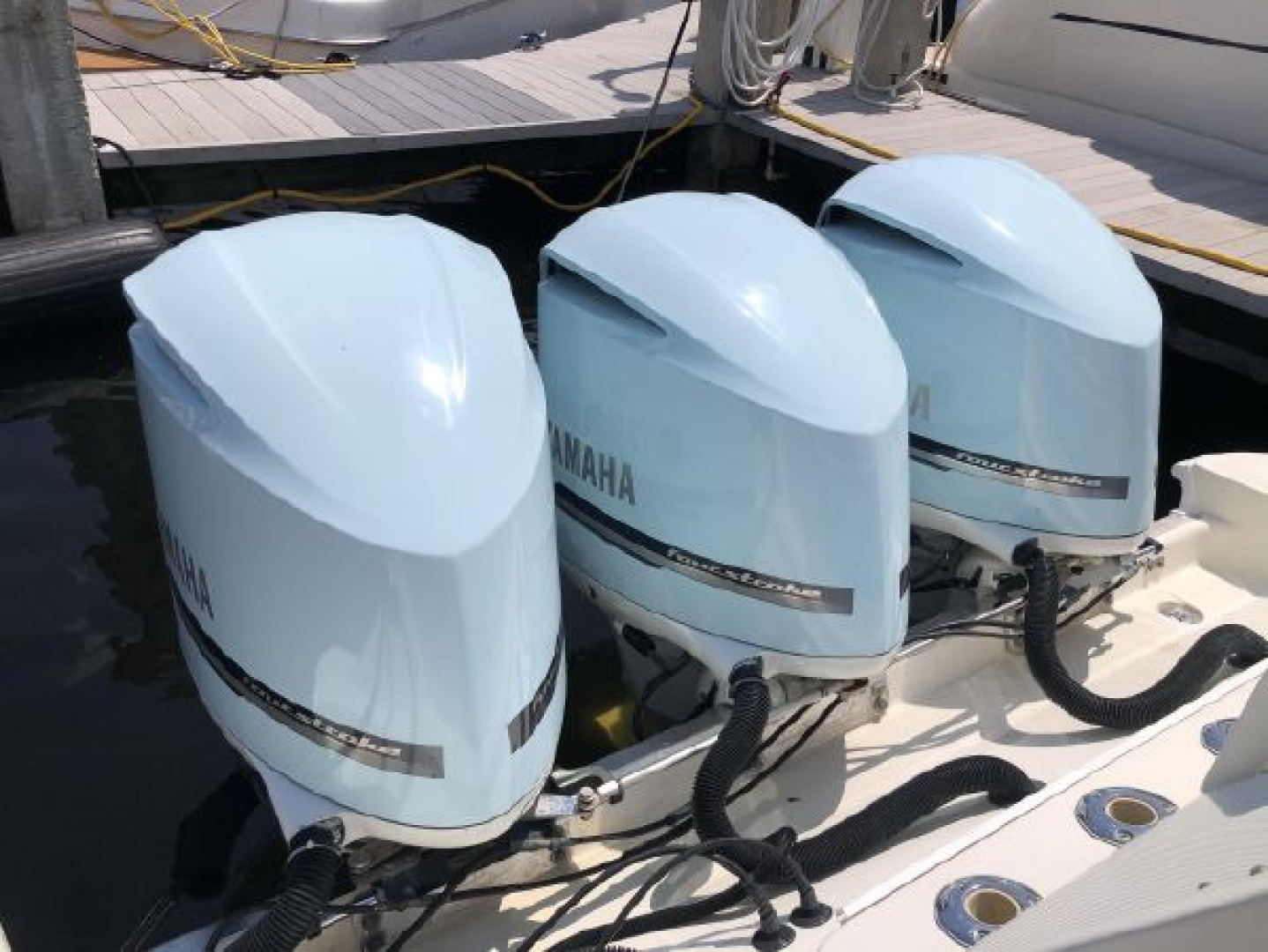 Hydra-Sports-42 Center Console 4200 SF 2011 -Fort Lauderdale-Florida-United States-1564145 | Thumbnail