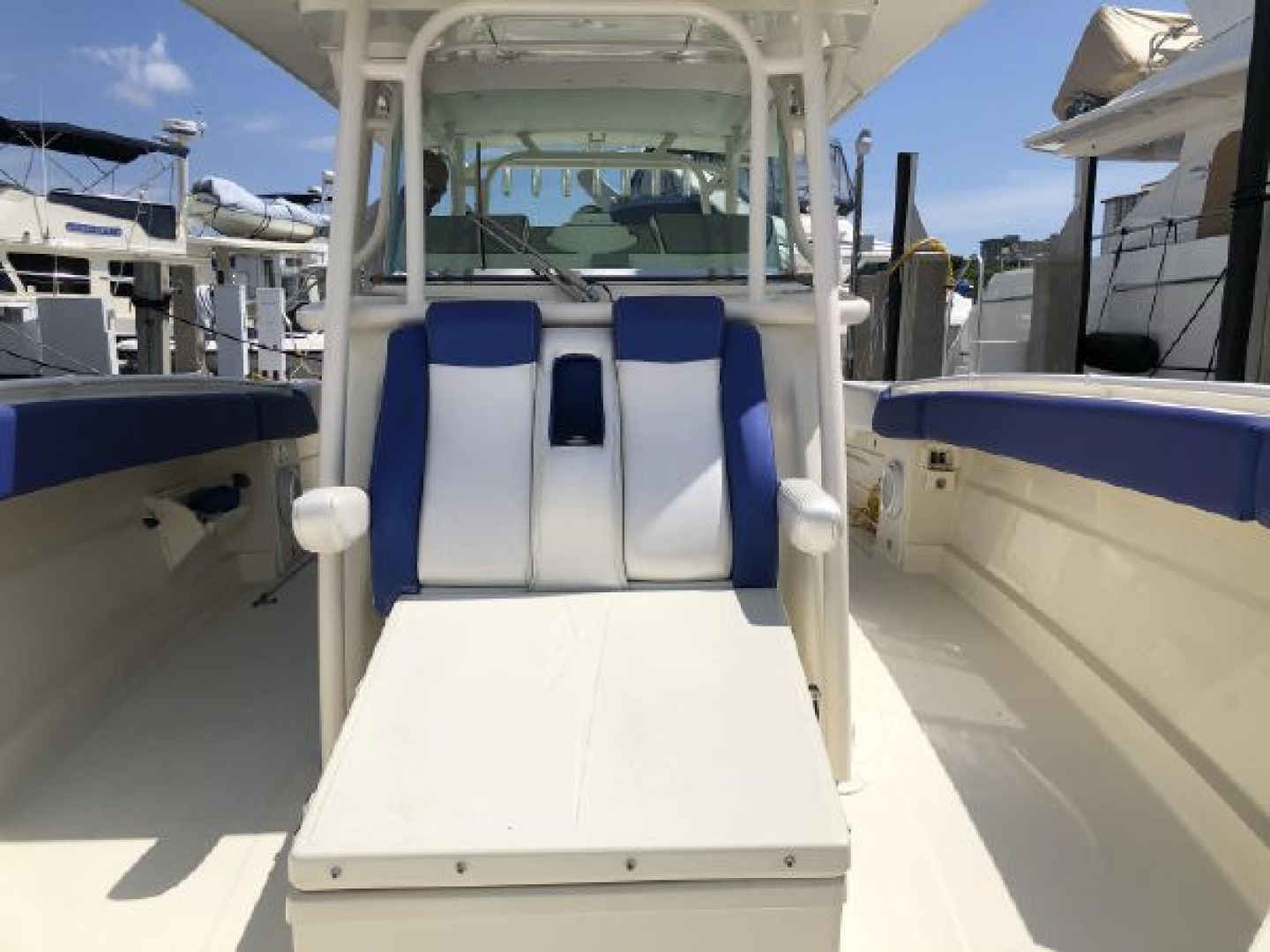 Hydra-Sports-42 Center Console 4200 SF 2011 -Fort Lauderdale-Florida-United States-1564141 | Thumbnail