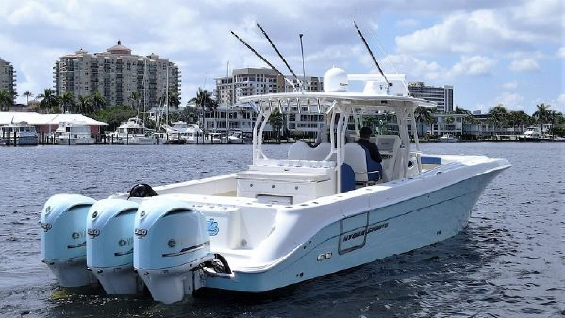 Hydra-Sports-42 Center Console 4200 SF 2011 -Fort Lauderdale-Florida-United States-1564117 | Thumbnail