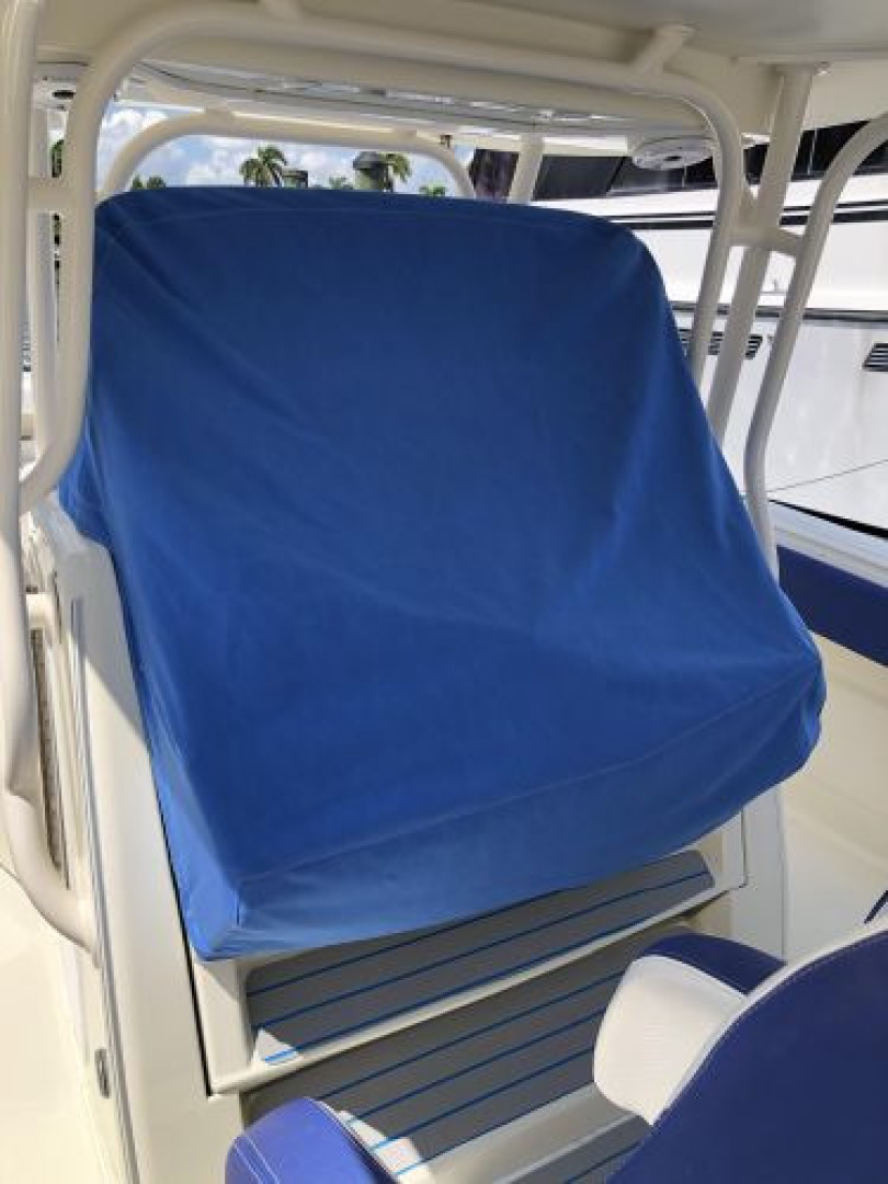 Hydra-Sports-42 Center Console 4200 SF 2011 -Fort Lauderdale-Florida-United States-1564129 | Thumbnail