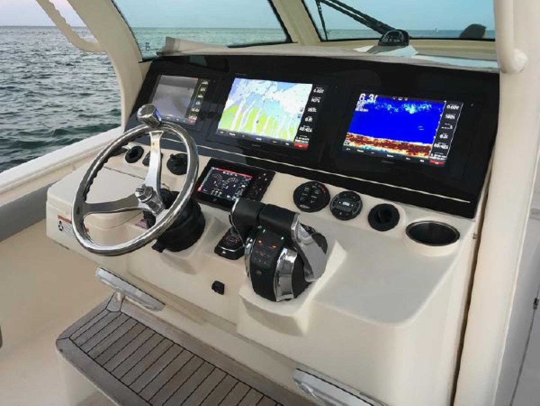 Scout-355 LXF 2019 -Miami-Florida-United States-1564268 | Thumbnail