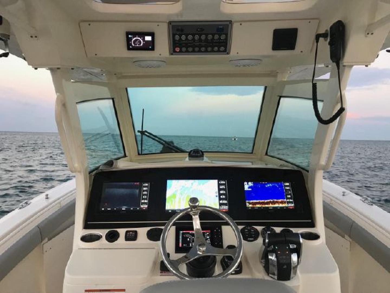 Scout-355 LXF 2019 -Miami-Florida-United States-1564266 | Thumbnail