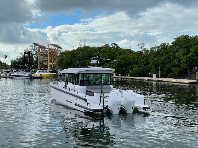 Axopar-37 XC Cross Cabin 2020 -Fort Lauderdale-Florida-United States-1564662 | Thumbnail