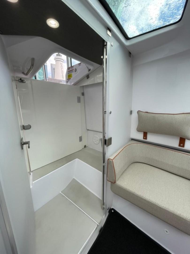Axopar-37 XC Cross Cabin 2020 -Fort Lauderdale-Florida-United States-1564685 | Thumbnail