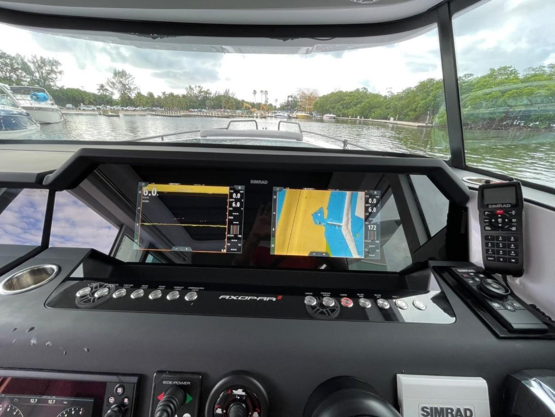 Axopar-37 XC Cross Cabin 2020 -Fort Lauderdale-Florida-United States-1564695 | Thumbnail