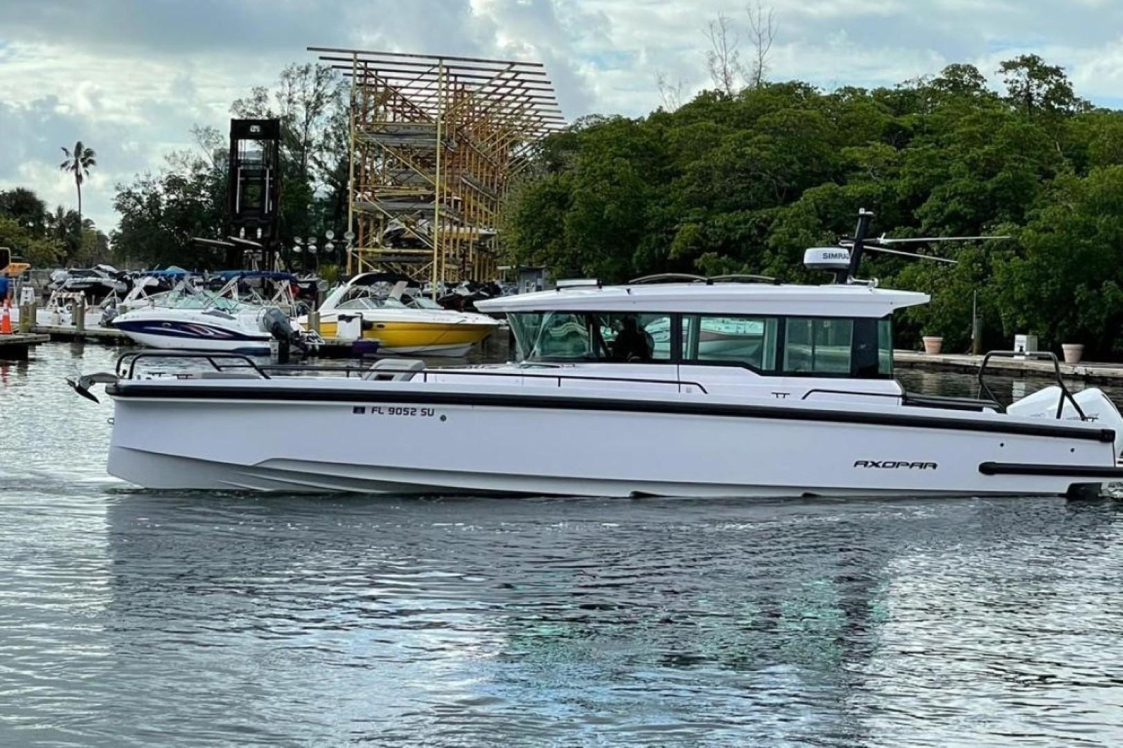 Axopar-37 XC Cross Cabin 2020 -Fort Lauderdale-Florida-United States-1564658 | Thumbnail