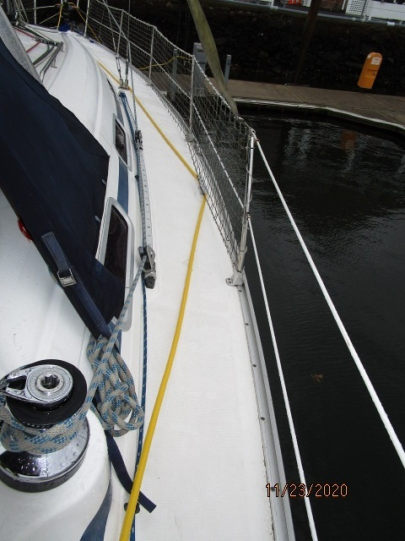 Bavaria-36 3 stateroom 2004-Aequanimity Southport-Connecticut-United States-1566120 | Thumbnail
