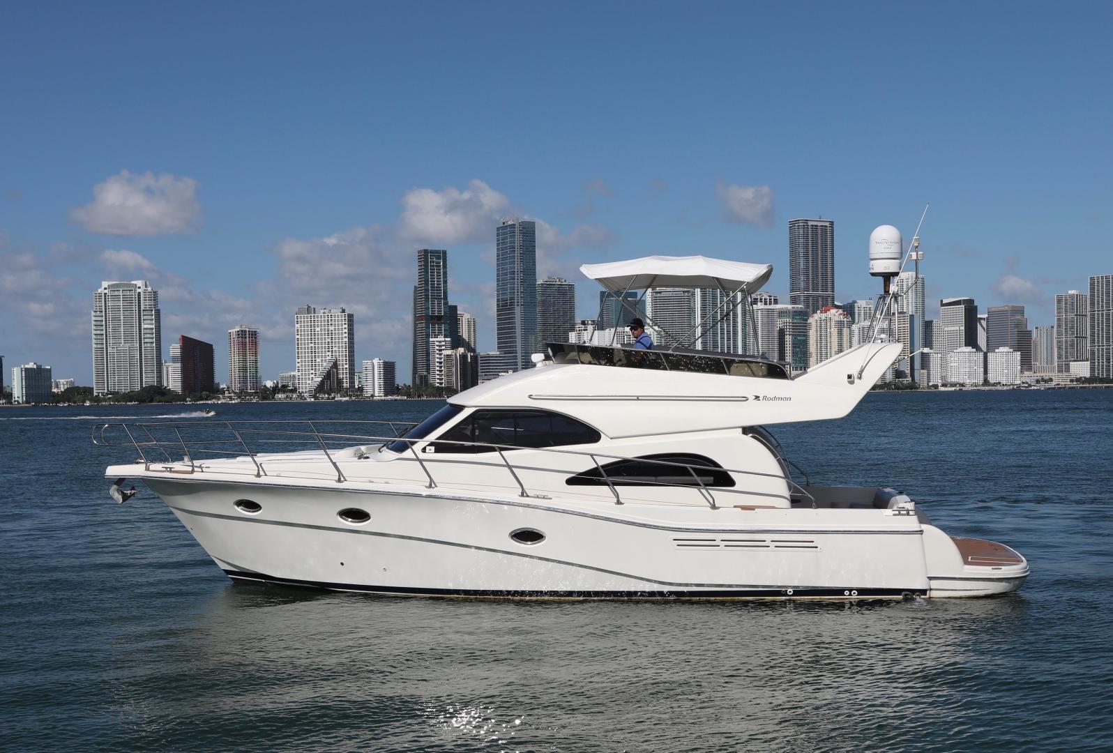 Rodman-Flybridge 2004-La Meli Miami Beach-Florida-United States-1566539 | Thumbnail
