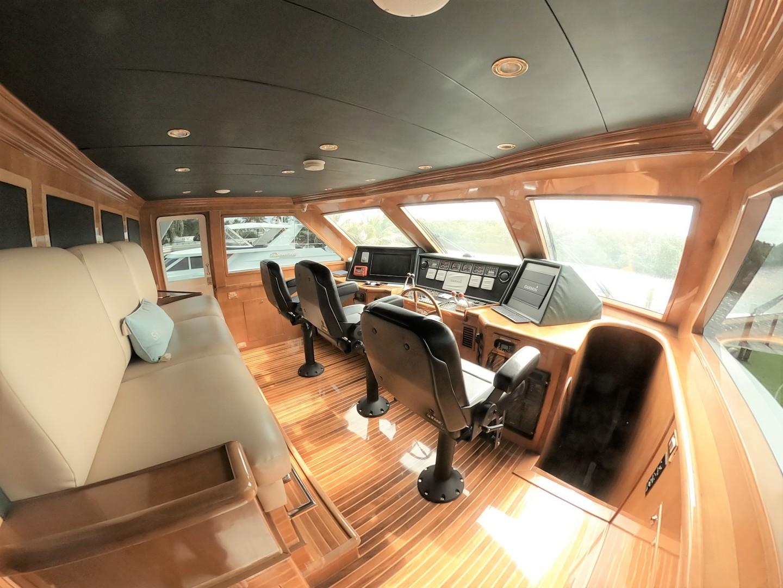 Hargrave-Tri Deck 2001-SeaStar Fort Lauderdale-Florida-United States-Wheelhouse-1566987 | Thumbnail