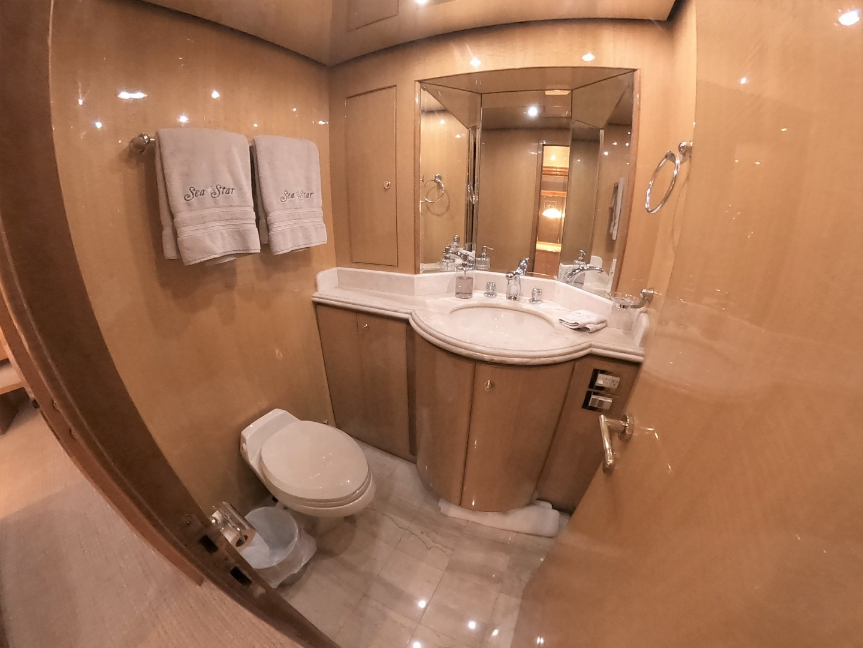 Hargrave-Tri Deck 2001-SeaStar Fort Lauderdale-Florida-United States-VIP Bathroom-1566973 | Thumbnail
