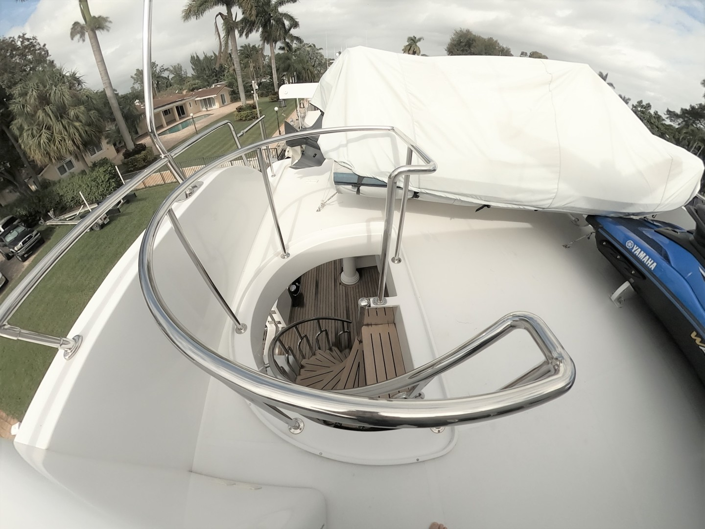 Hargrave-Tri Deck 2001-SeaStar Fort Lauderdale-Florida-United States-Staircase to Aft Deck-1566986 | Thumbnail