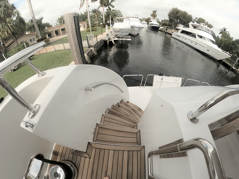 Hargrave-Tri Deck 2001-SeaStar Fort Lauderdale-Florida-United States-1566992 | Thumbnail