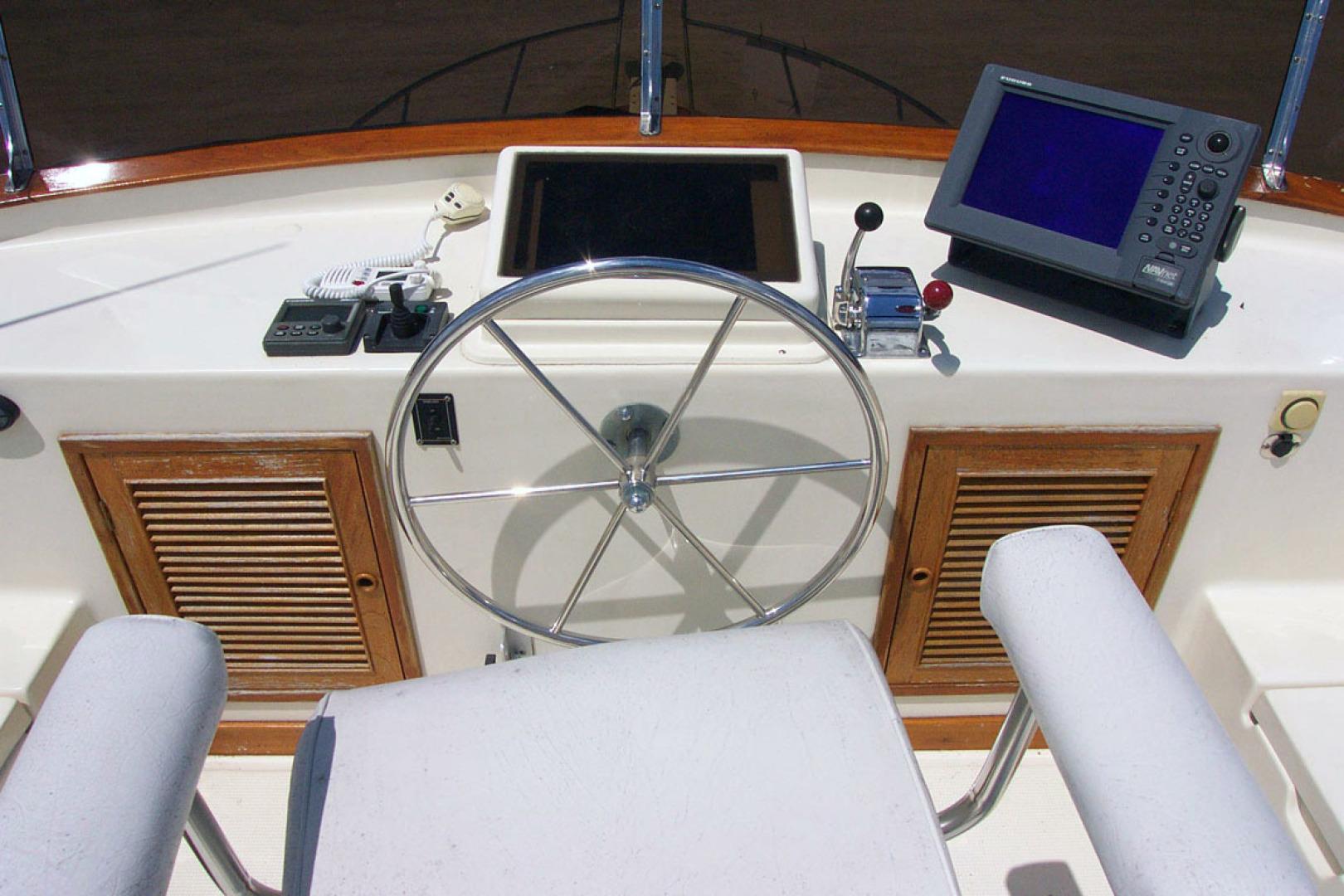 Mariner-Orient Europa 2005-ENTERPRISE Stuart-Florida-United States-Flybridge Helm Furuno Nav-1567622   Thumbnail