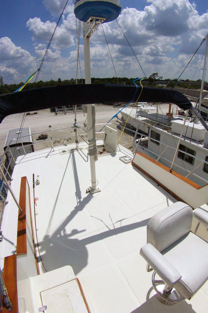 Mariner-Orient Europa 2005-ENTERPRISE Stuart-Florida-United States-Flybridge  Aft-1567623   Thumbnail