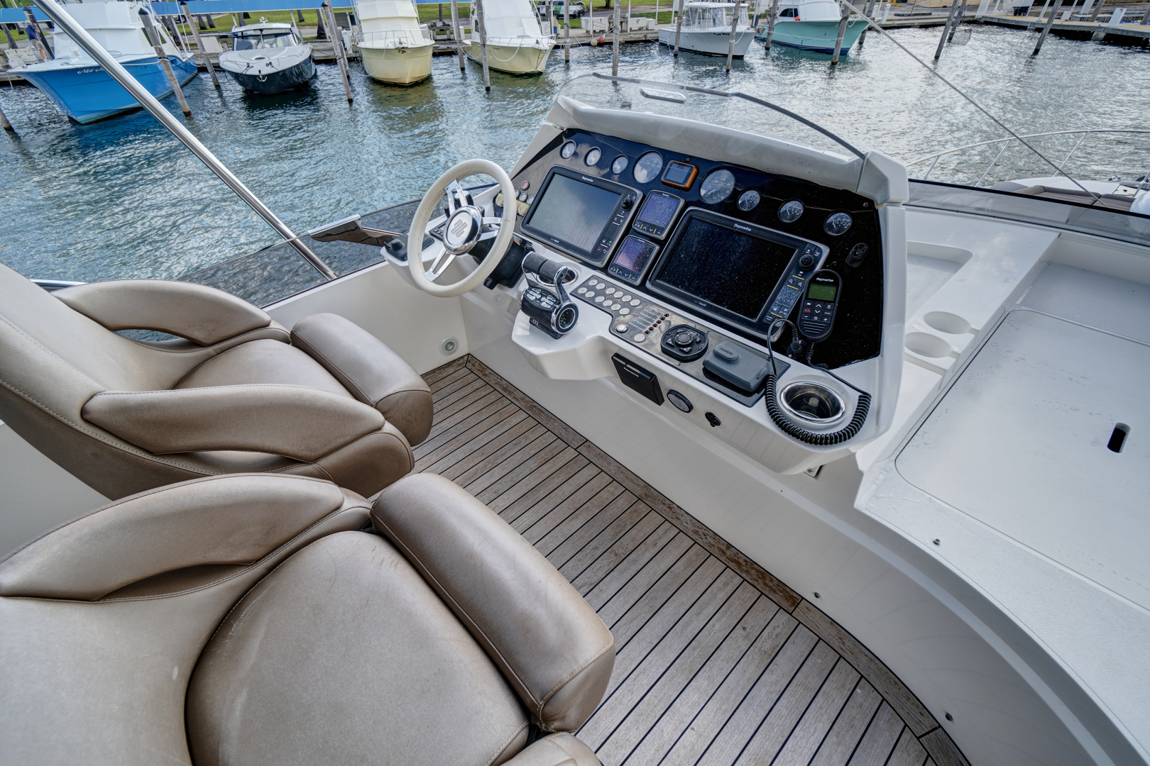 Sunseeker-68 Sport Yacht 2014-New Page Miami Beach-Florida-United States-1581185 | Thumbnail
