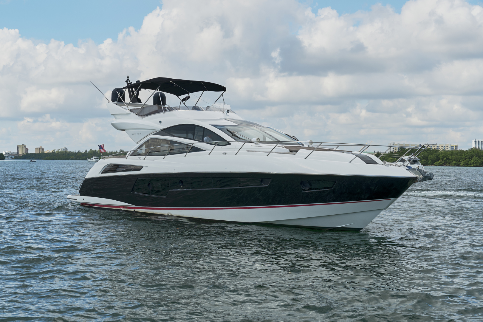 Sunseeker-68 Sport Yacht 2014-New Page Miami Beach-Florida-United States-1581165 | Thumbnail