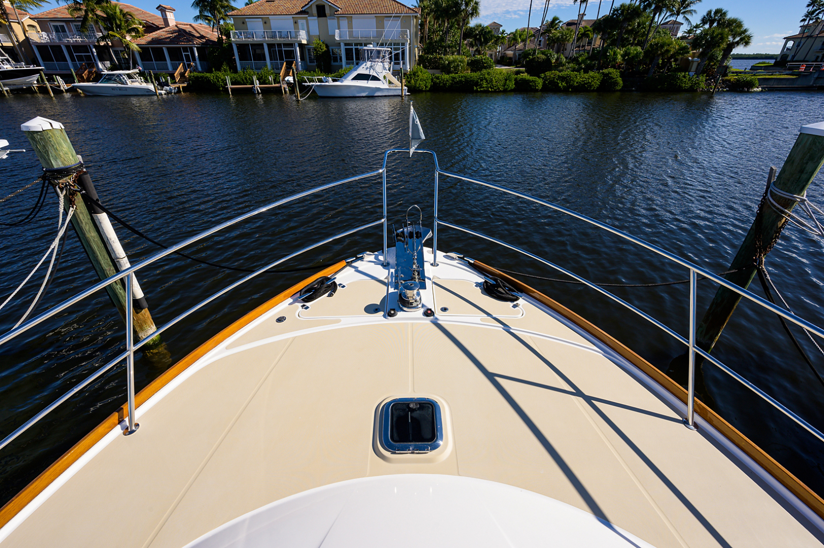 Sabre-48 Salon Express 2015-OUT OF THE BLUE Vero Beach-Florida-United States-1568936 | Thumbnail