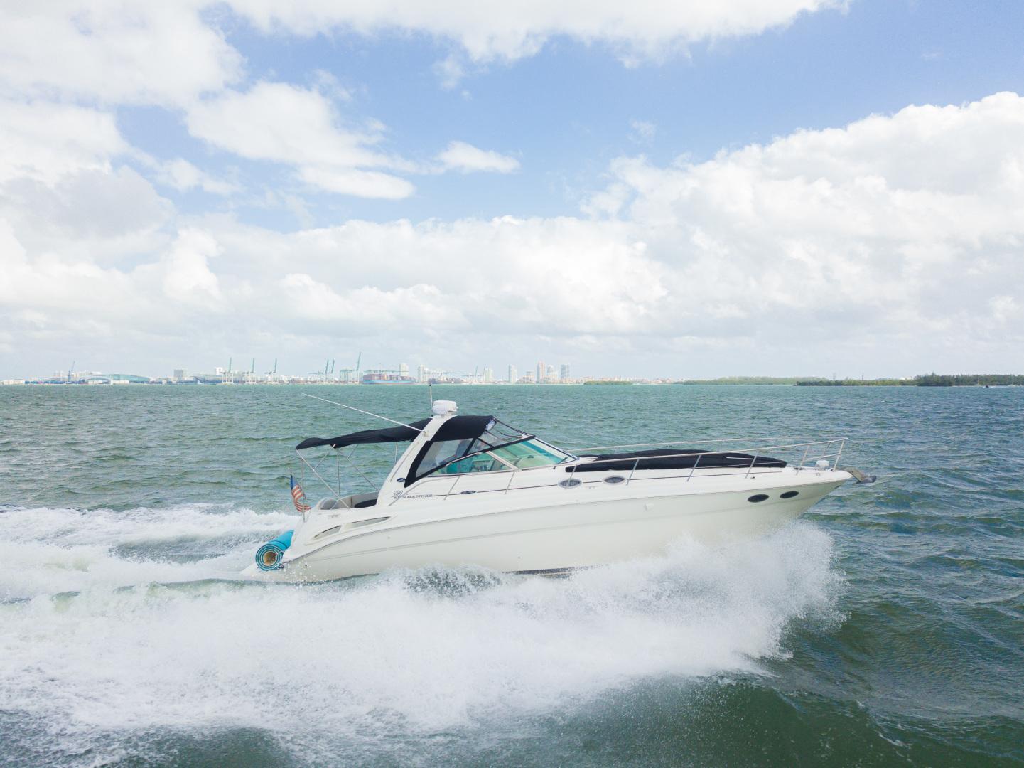 2003 38 Sea Ray