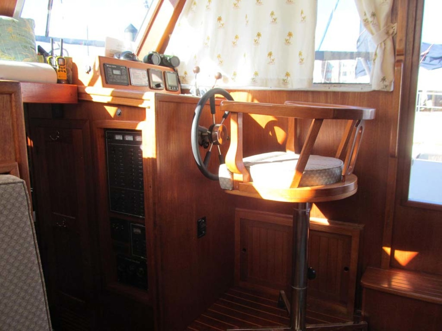 Monk-36 Trawler, Replaced Fuel Tanks 2003-One Fine Day New Bern-North Carolina-United States-Lower Helm-1569141   Thumbnail