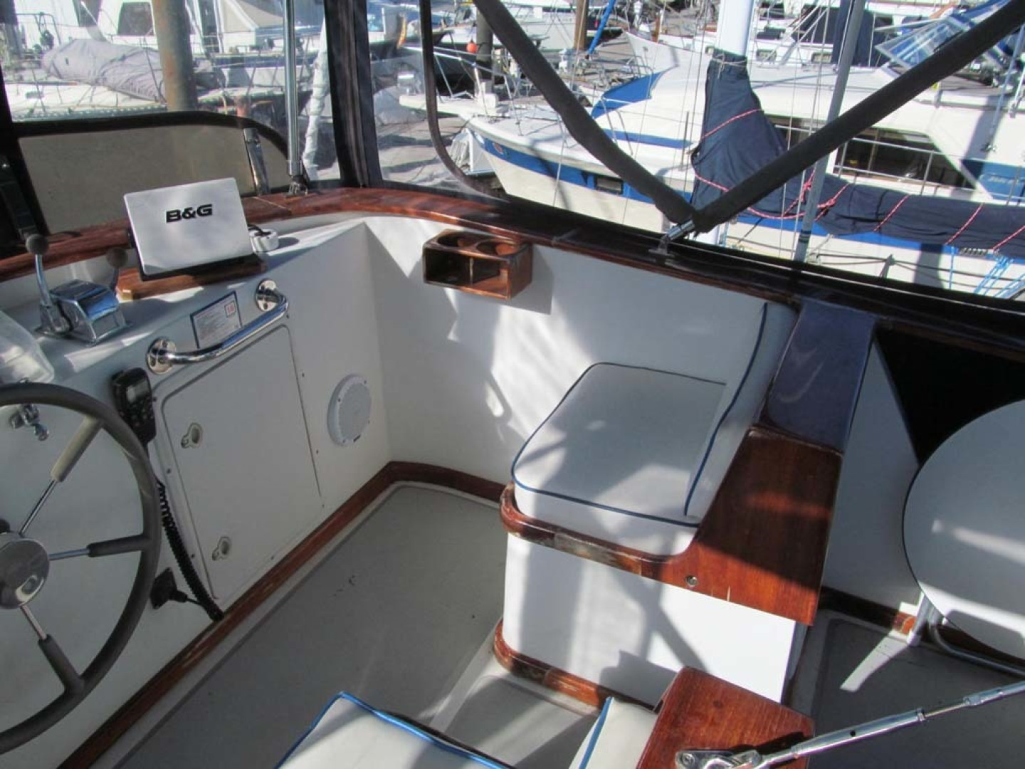 Monk-36 Trawler, Replaced Fuel Tanks 2003-One Fine Day New Bern-North Carolina-United States-Bridge Helm Seating Starboard-1569184   Thumbnail