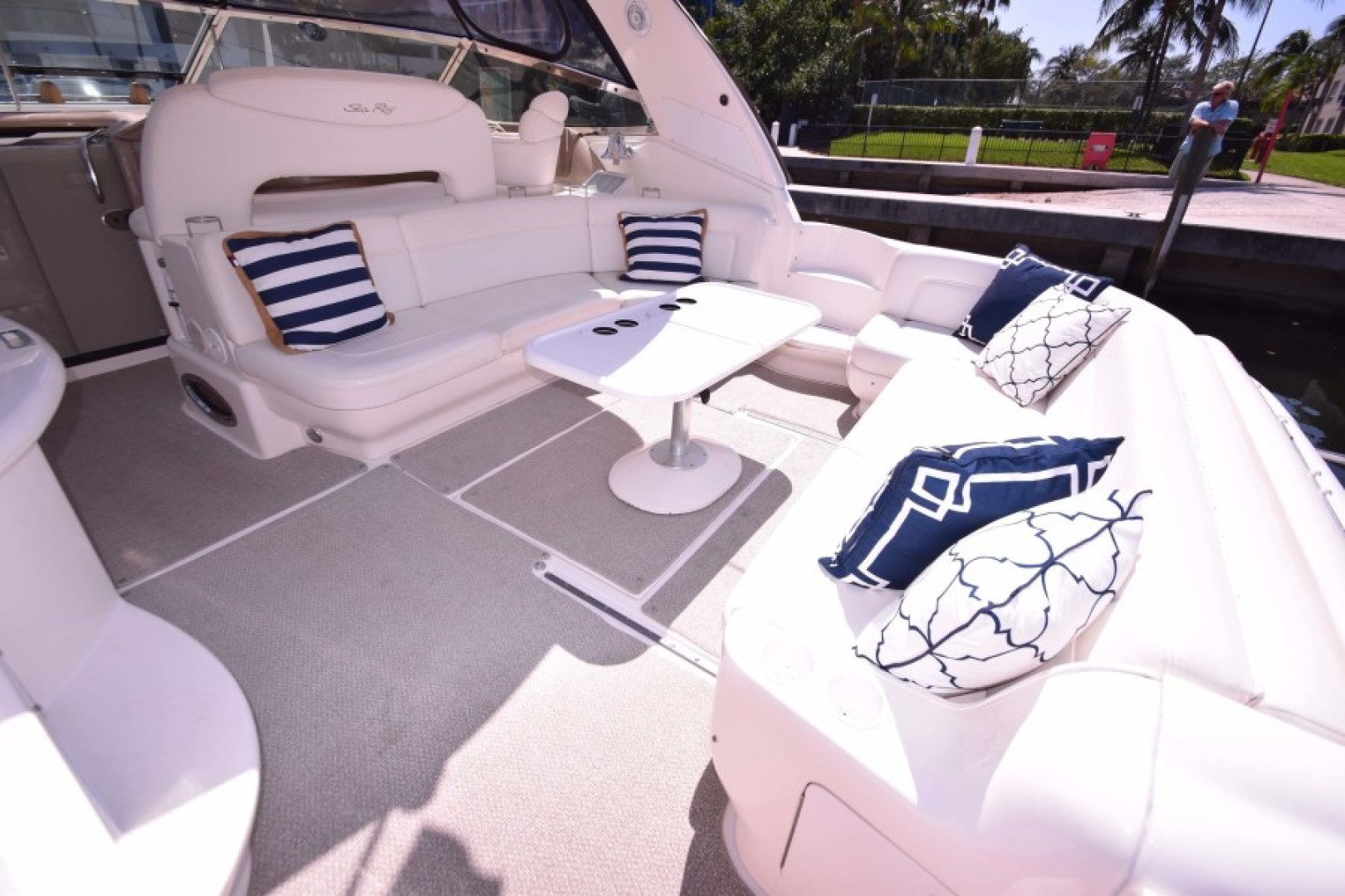 Sea Ray-460 Sundancer 2002-The Payoff Key Biscayne-Florida-United States-Cockpit from PORT Side Entry-1569341 | Thumbnail