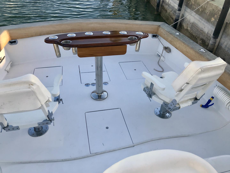 L&H 33 - Munequita - Sailfish Chairs