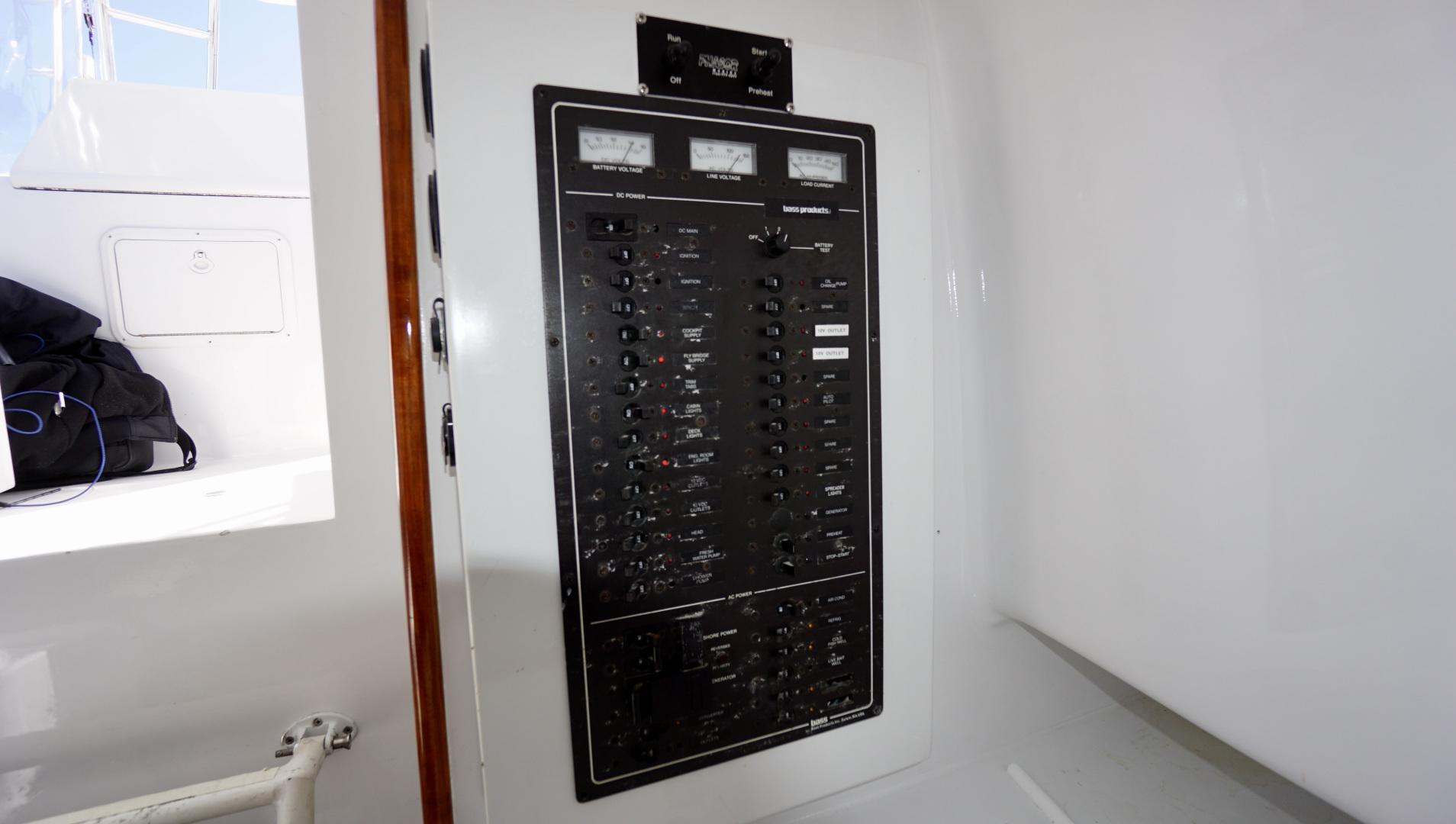 L&H 33 - Munequita - Electrical Panel