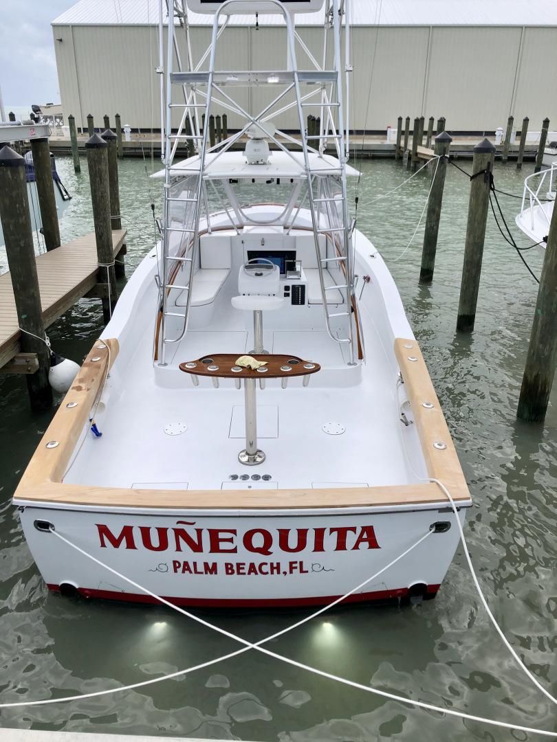 L&H 33 - Munequita - Aft Profile