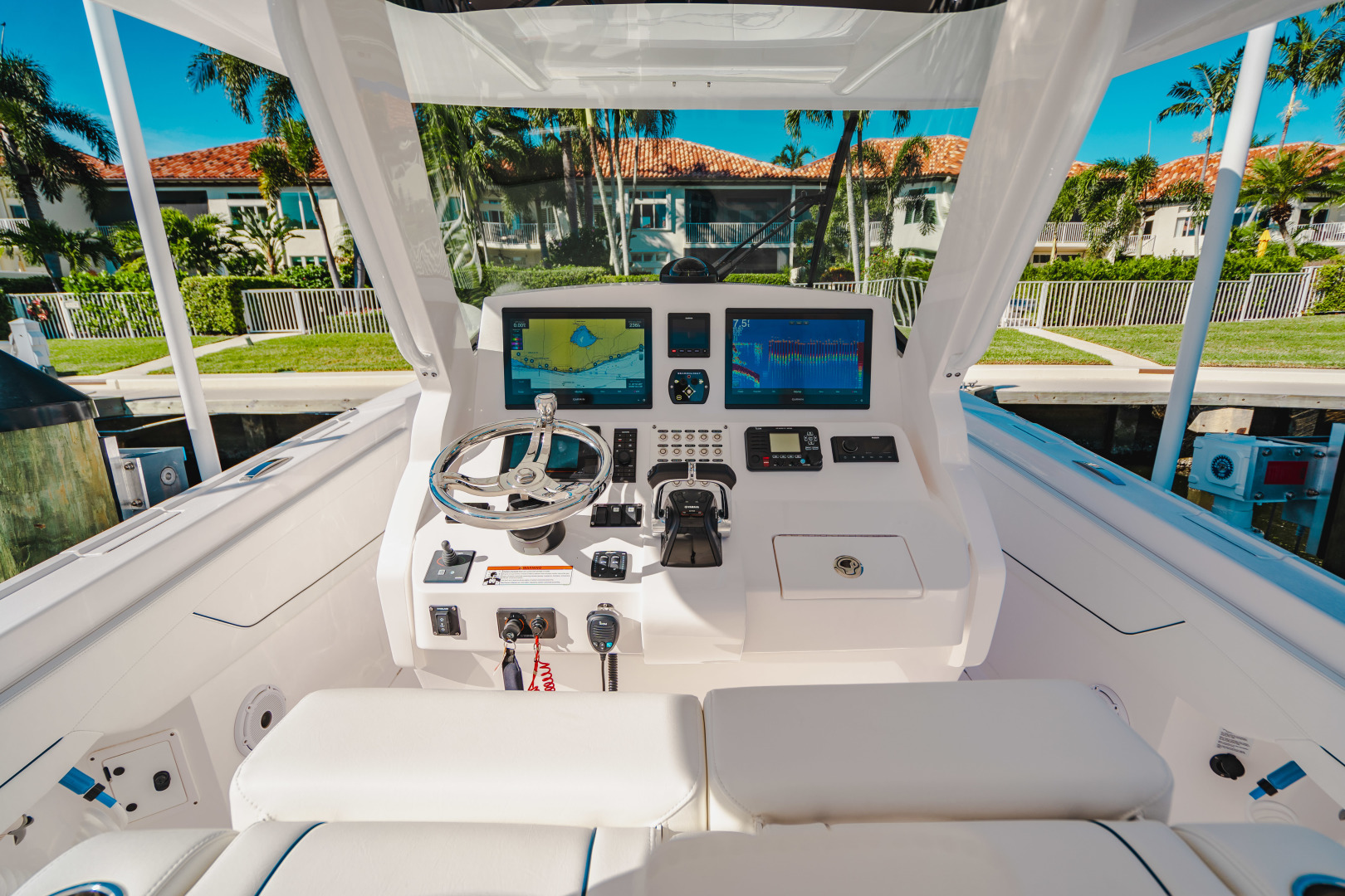 Intrepid-345 Nomad 2020-CORYPHEE North Palm Beach-Florida-United States-Helm-1574565 | Thumbnail