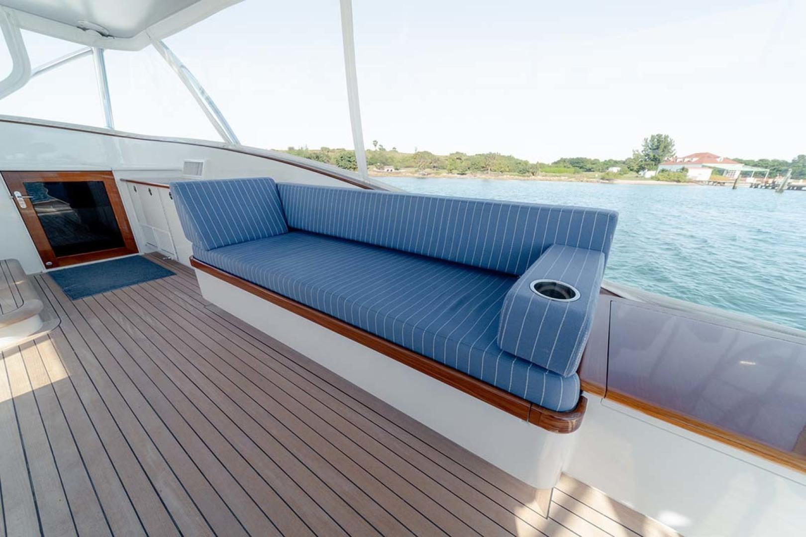 Jim Smith-Walkaround Express 2018-Eurybia North Palm Beach-Florida-United States-Starboard Bench Seating-1573735   Thumbnail