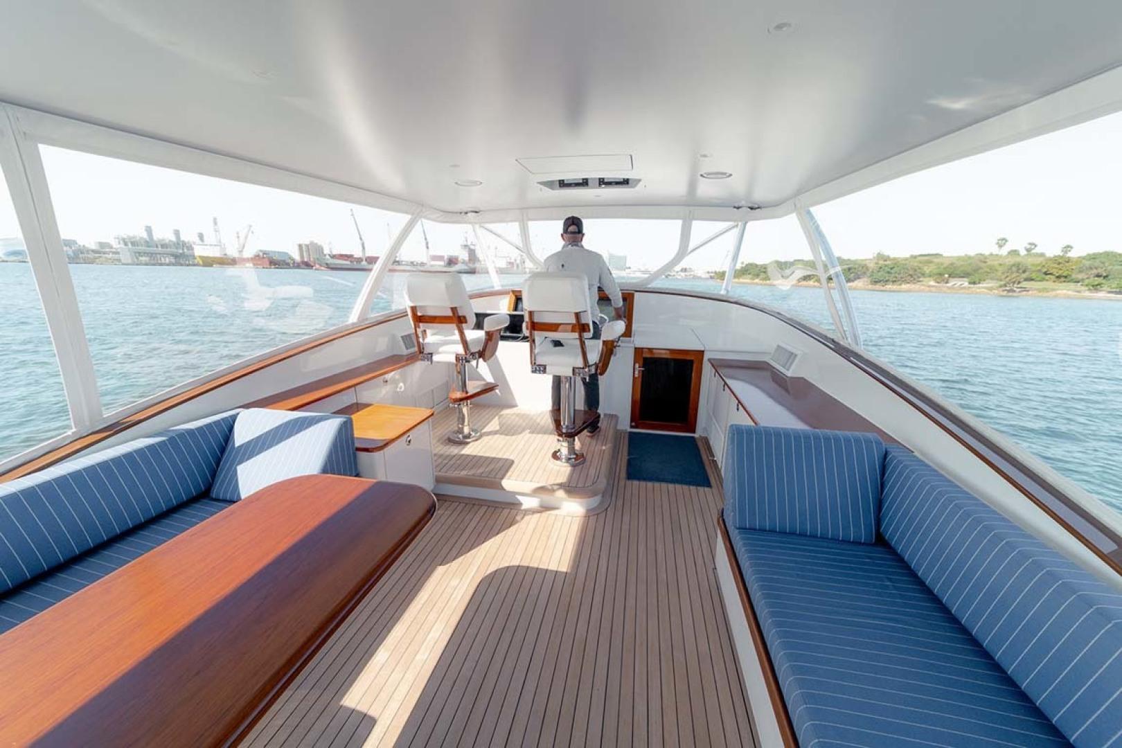 Jim Smith-Walkaround Express 2018-Eurybia North Palm Beach-Florida-United States-Bridge Deck with EZ2CY Enclosure-1573736   Thumbnail
