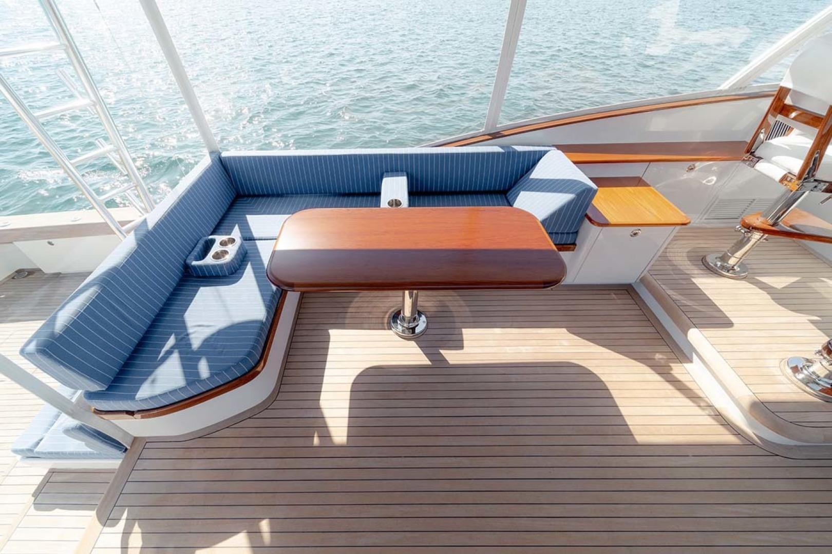 Jim Smith-Walkaround Express 2018-Eurybia North Palm Beach-Florida-United States-Portside Teak Table with 90 Degree Angle Seating-1573734   Thumbnail