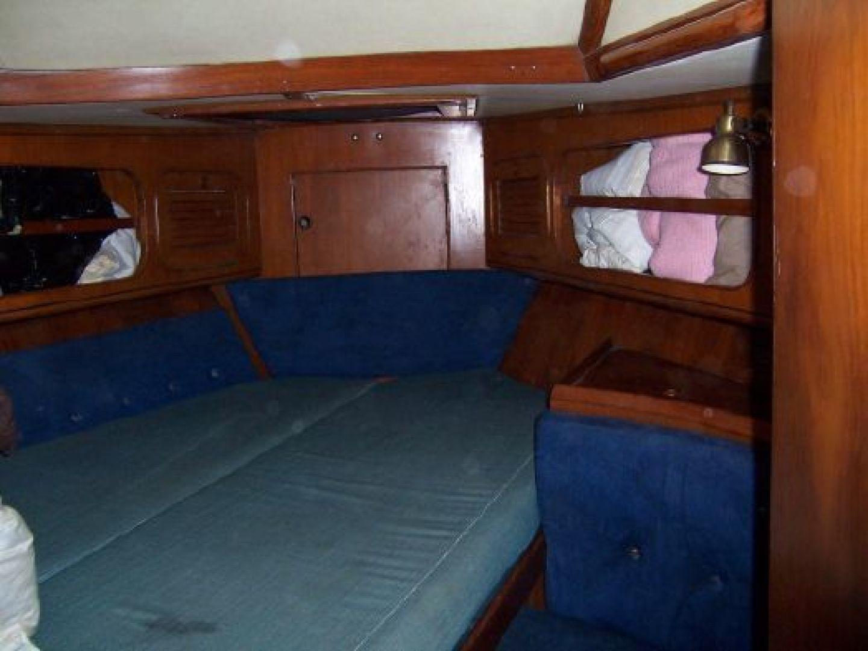 Hylas 1987-Moon Taxi Dania Beach-United States-1574923   Thumbnail