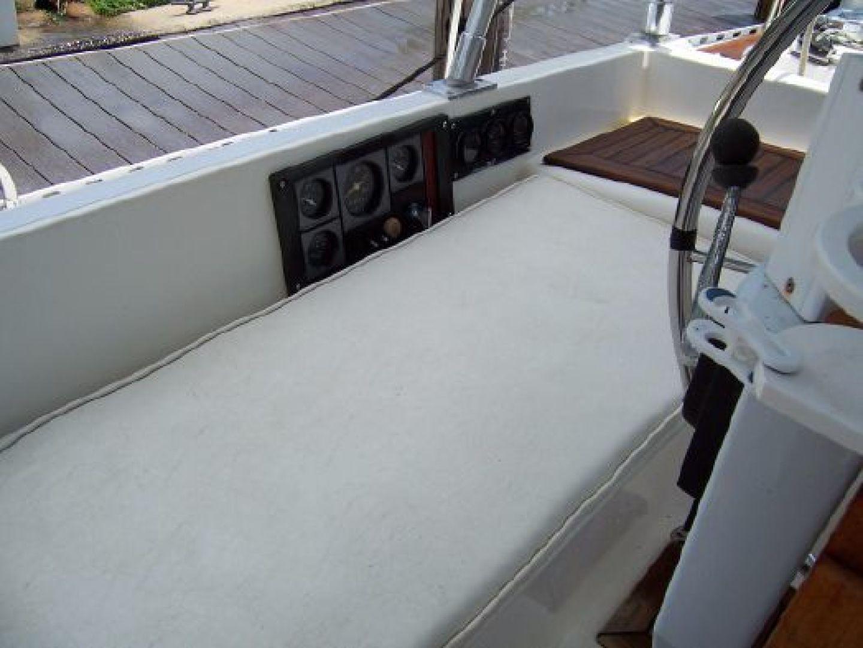 Hylas 1987-Moon Taxi Dania Beach-United States-1574930   Thumbnail