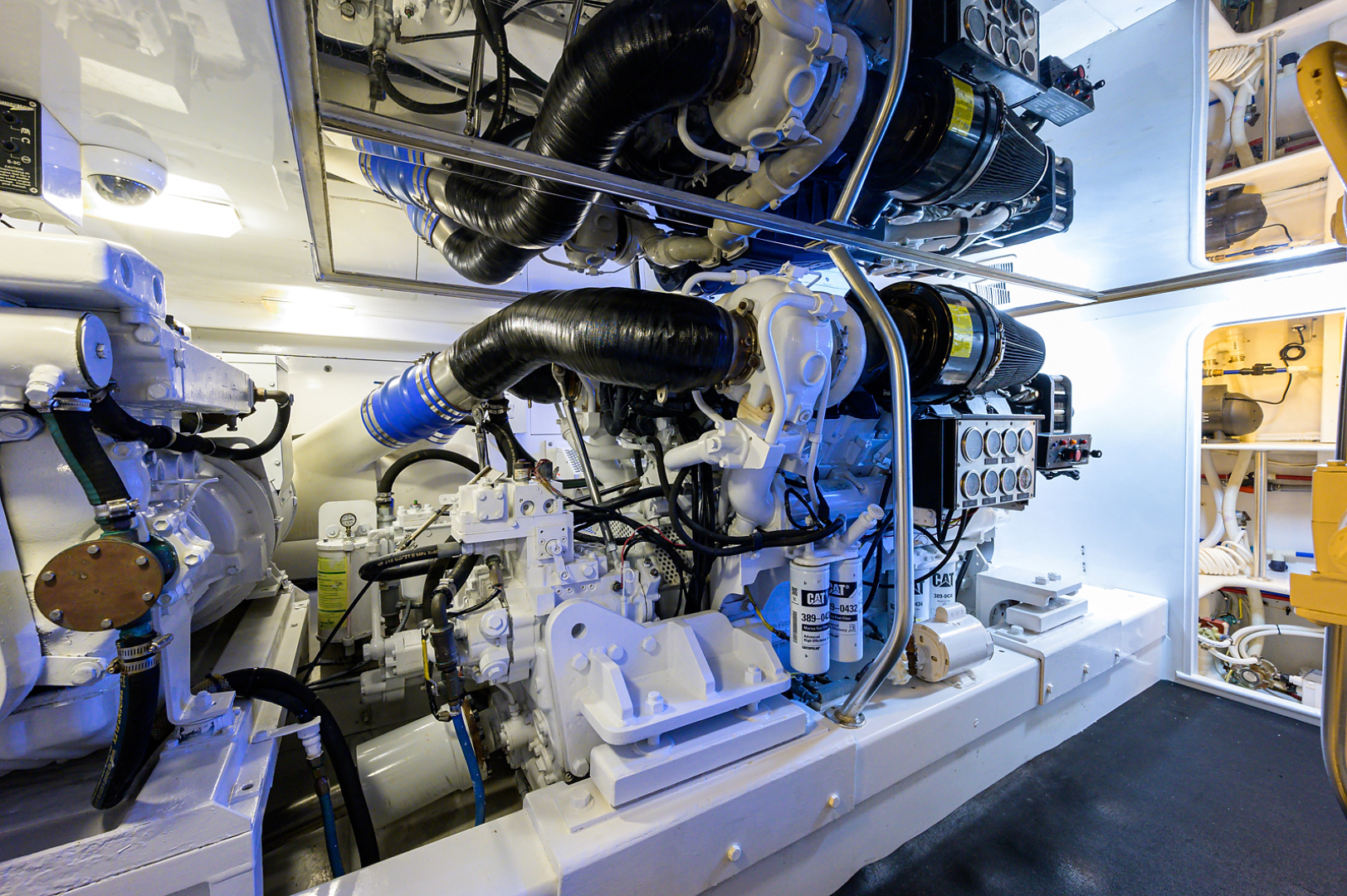 Sunny Briggs-Custom Sportfisherman 2000-Guajiro Stuart-Florida-United States-Engine Room-1578932 | Thumbnail