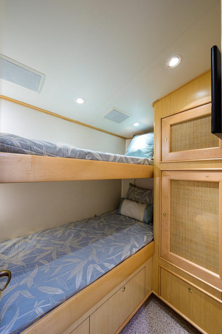 Sunny Briggs-Custom Sportfisherman 2000-Guajiro Stuart-Florida-United States-Guest Stateroom, Starboard-1578899 | Thumbnail